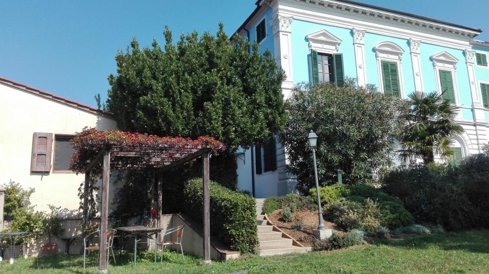 Eine Villa in der Toskana bei Pisa zum Verkauf