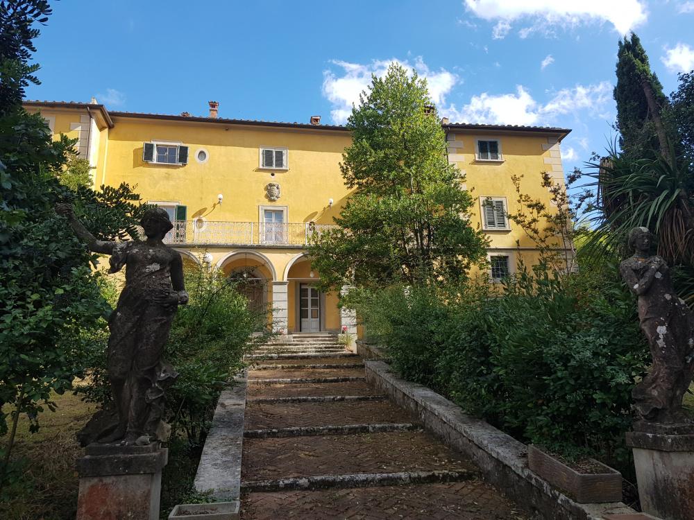 Villa in einem Dorf in der Toskana, Provinz Pia